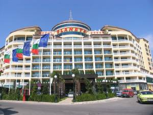 Hotel Planeta - Furnished 2 bedroom apartment in a 4 star hotel in Sunny Beach