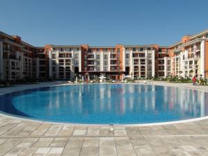 Prestige Fort Beach - Furnished stutio apartment - view to the mountains