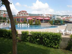 Green Fort - Furnished studio apartment - located on the ground floor - directly access to the swimming pool