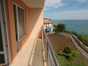 Coral Beach - front line apartment - between Saint Vlas and Elenite