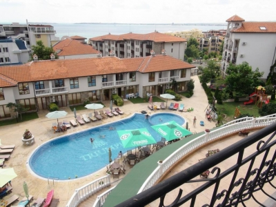Truimph Holliday Village - Topfloor apartment - with view to the Black Sea - few minutes walk to the beach and Marina
