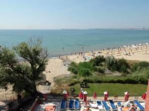 Carina Apart Hotel - Big studio apartment - on the Beach in Sunny Beach - comes with 2 balconies