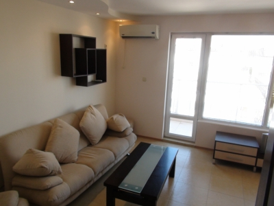 Nice furnished one bedroom - Seaview - 30 meters to the beach